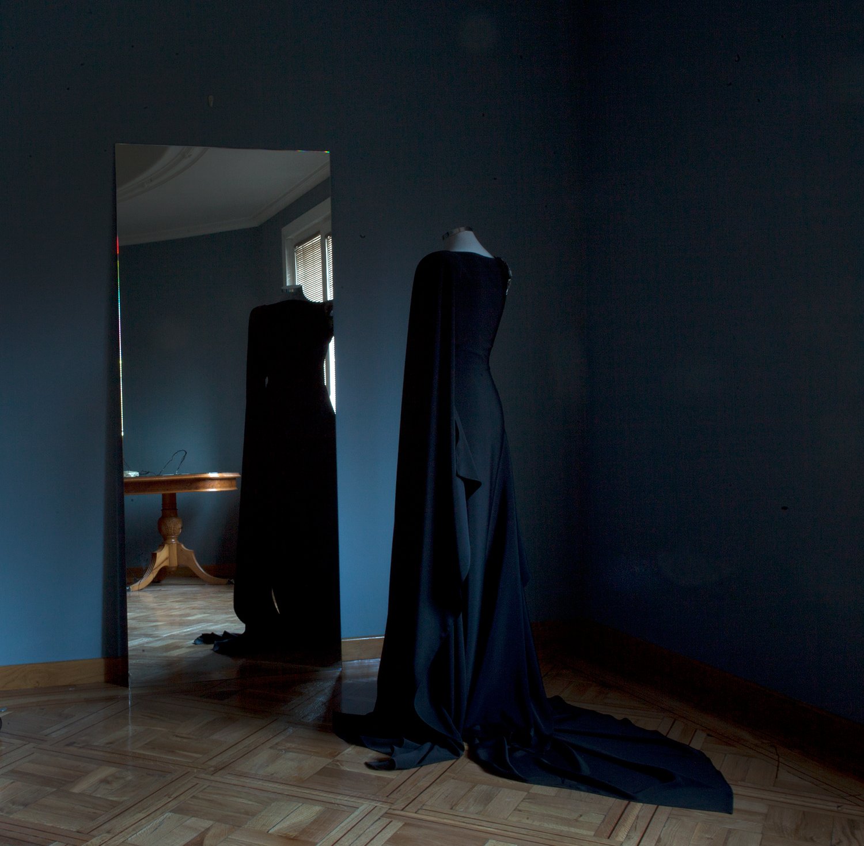 image-carlos mate-melancholia gran via.jpg alt=carlos mate melancholia gran via art installation