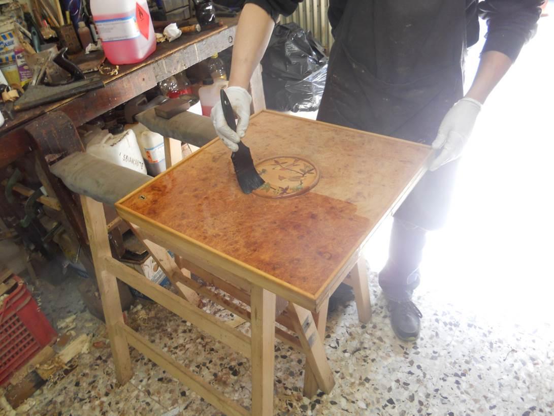 midcentury-Italian-furniture-restoration