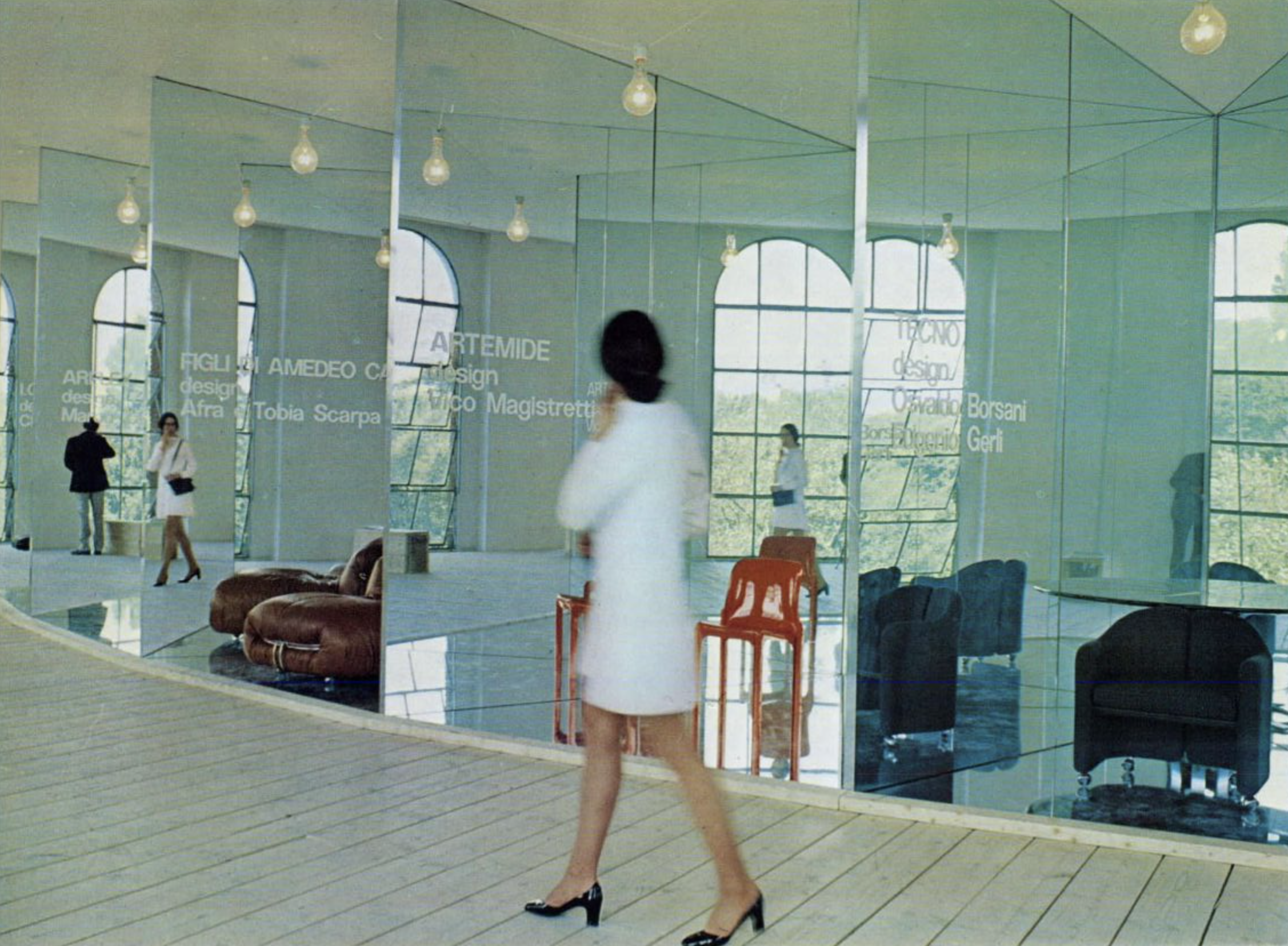 Advertising from the 1970s of the Soriana Sofa by Cassina