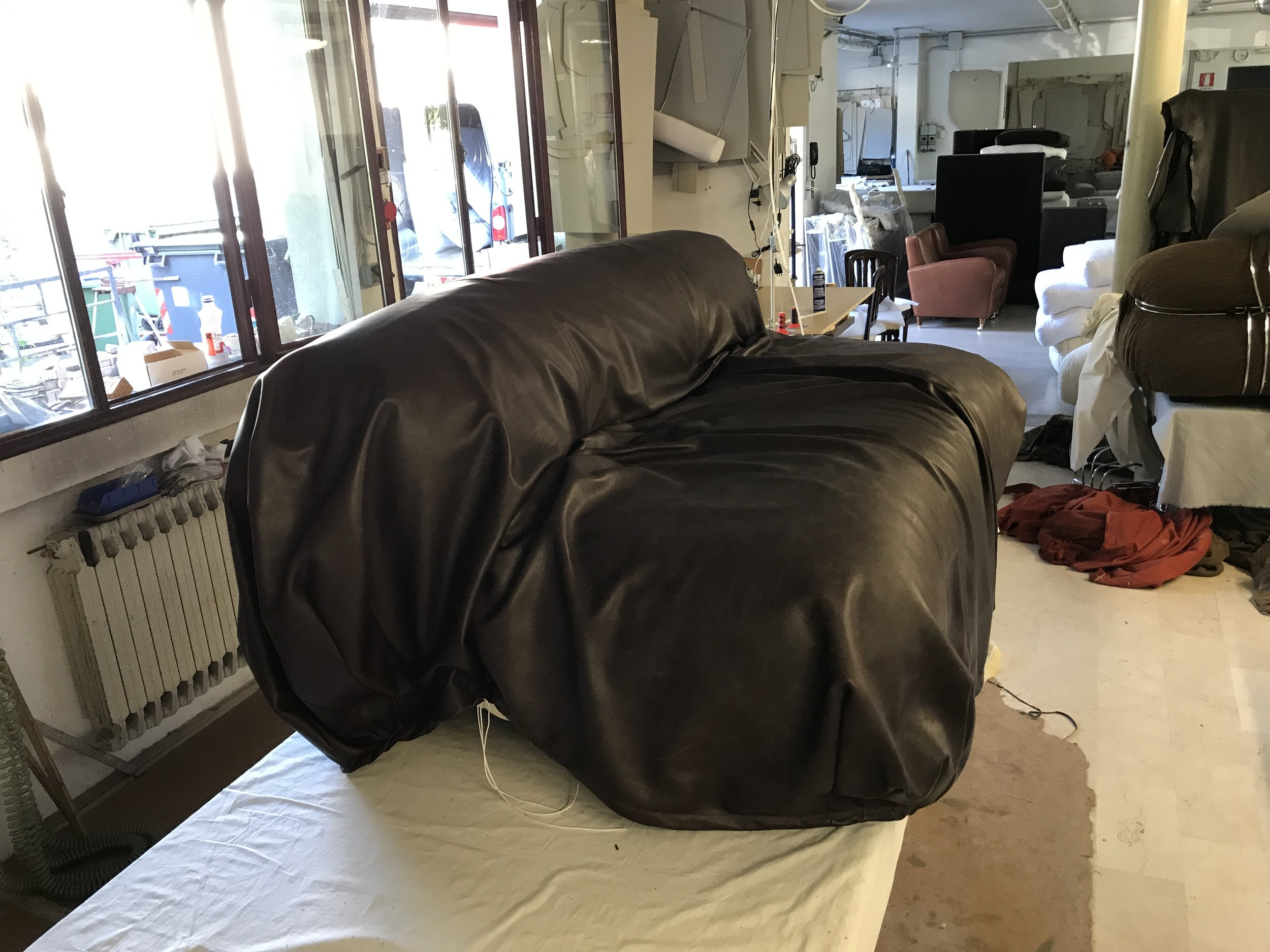 Soriana Sofa Restoration phase 4 - The Leather process a very important step!