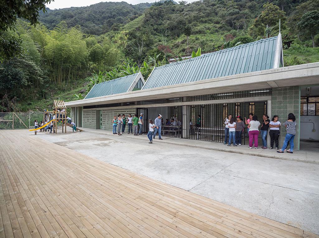 (34)ColegiosMontebello_MG_8856-Pano.jpg