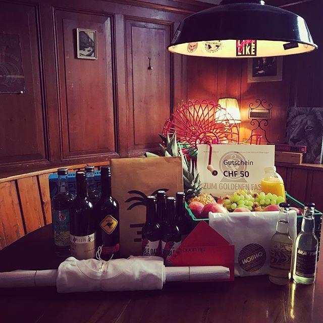 DANKE an  Inter Comestibles, Berri, @flockasoda, @blissshirtsale, @wollwo.ch, @al_piattino, @mingjose für die tollen Preise für unseren gestrigen Bingo Abend!  Es war ein toller Abend und die Gewinner*innen haben sich sichtlich gefreut! 🤩 # # # #goldfass #zürich #bingo #gamenight #spiel #spass #freude #restaurant #kreis4