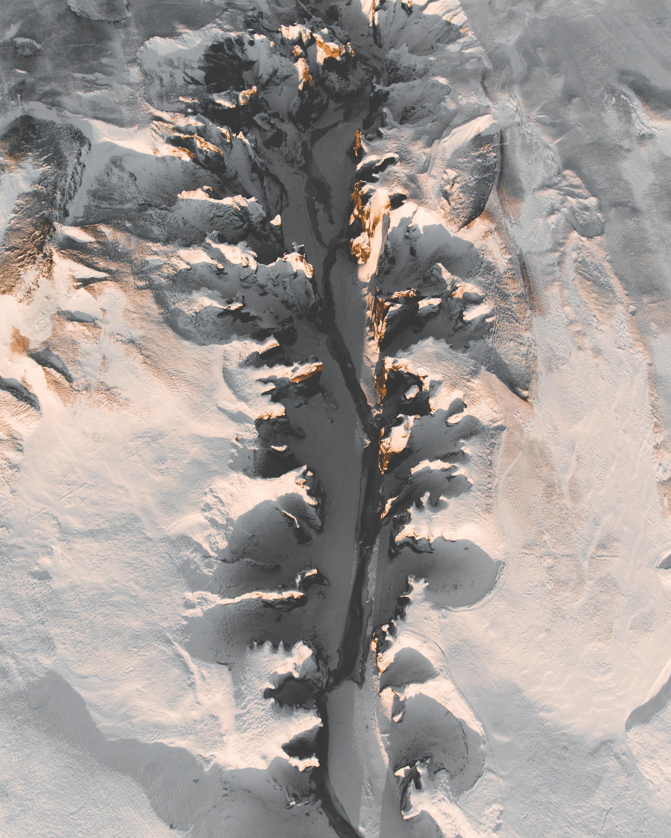 Fjaðrárgljufur: the great canyon if Iceland