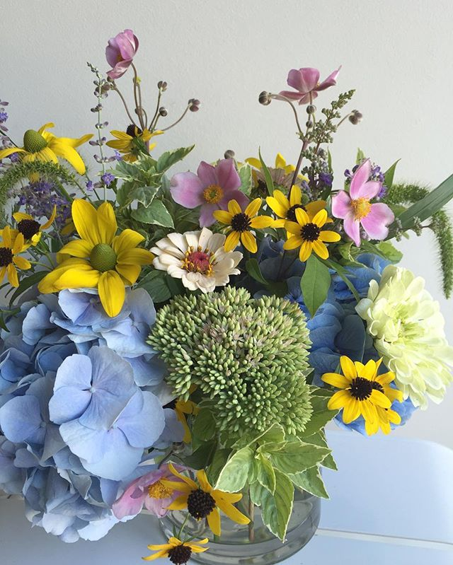 A little 'backyard garden' arrangement headed to @husknashville