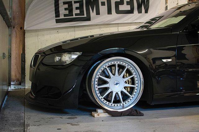 Frode keeps on delivering awesome wheel setups! Owner @frodedale  #oijoij #hartge #hartgewheels #bimmerpost #static #fitment #stance