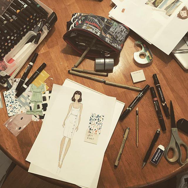 An organized mess, aka workspace🖊 • • • • • #inspiration #fashionillustration #fashiondesign #womenwhomake #artanddesign #design #sewing #makersofinstagram #illustration #femaledesigners #sarahkoval #new #keepworking #workharder #workspace #creativemess #prismacolor #micron #sketch