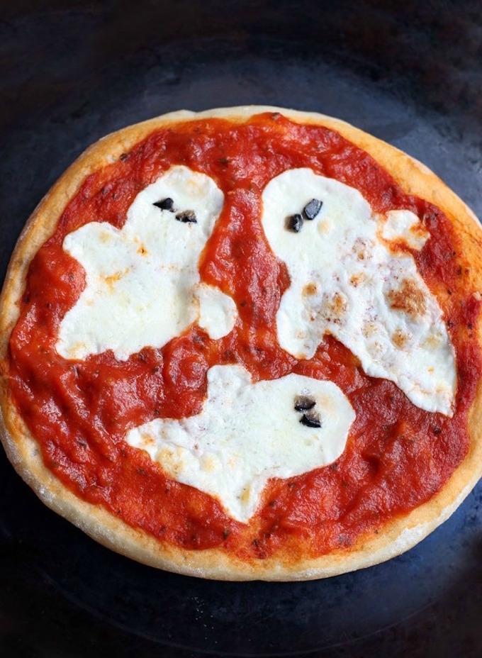 Halloween Pizza Ghost