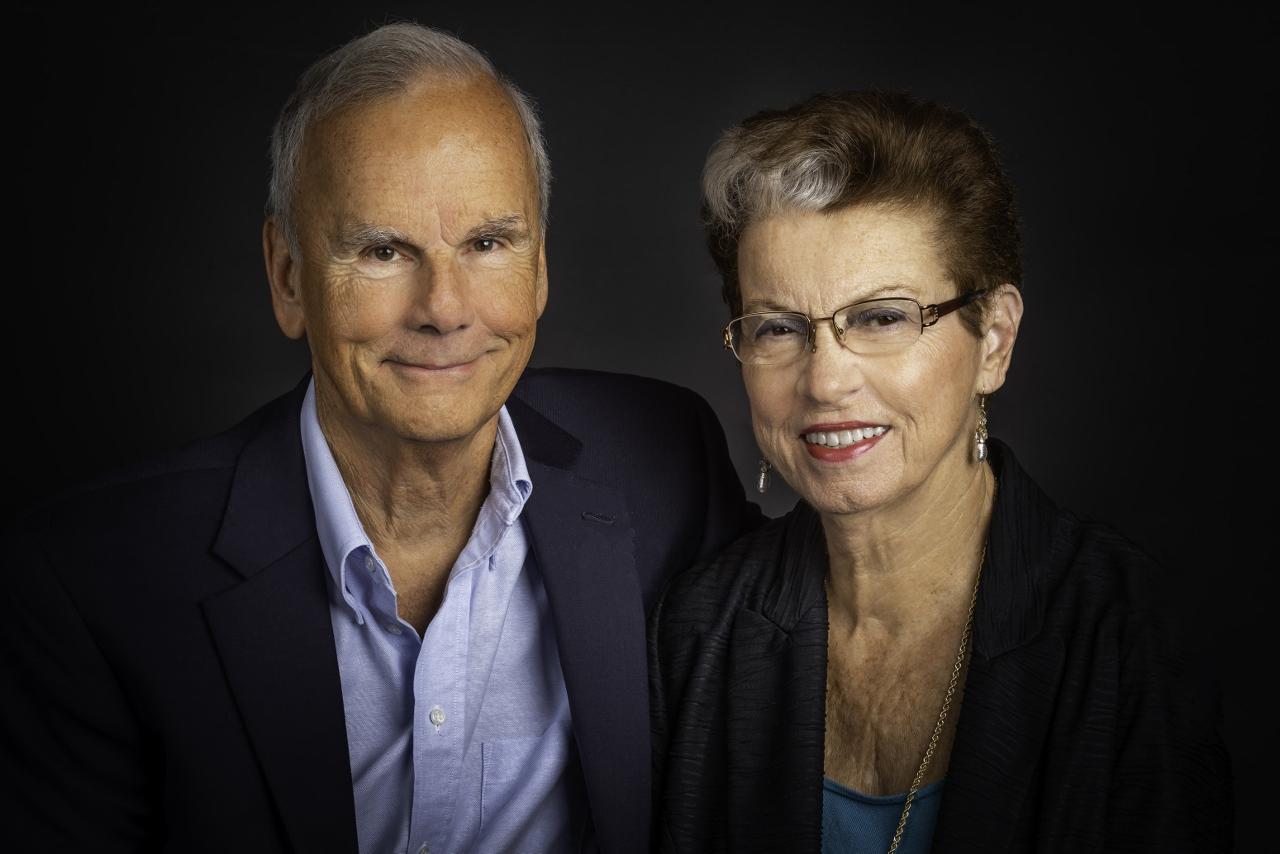 Ypsilanti and Ann Arbor MI portraits, head shots, senior, family photographer