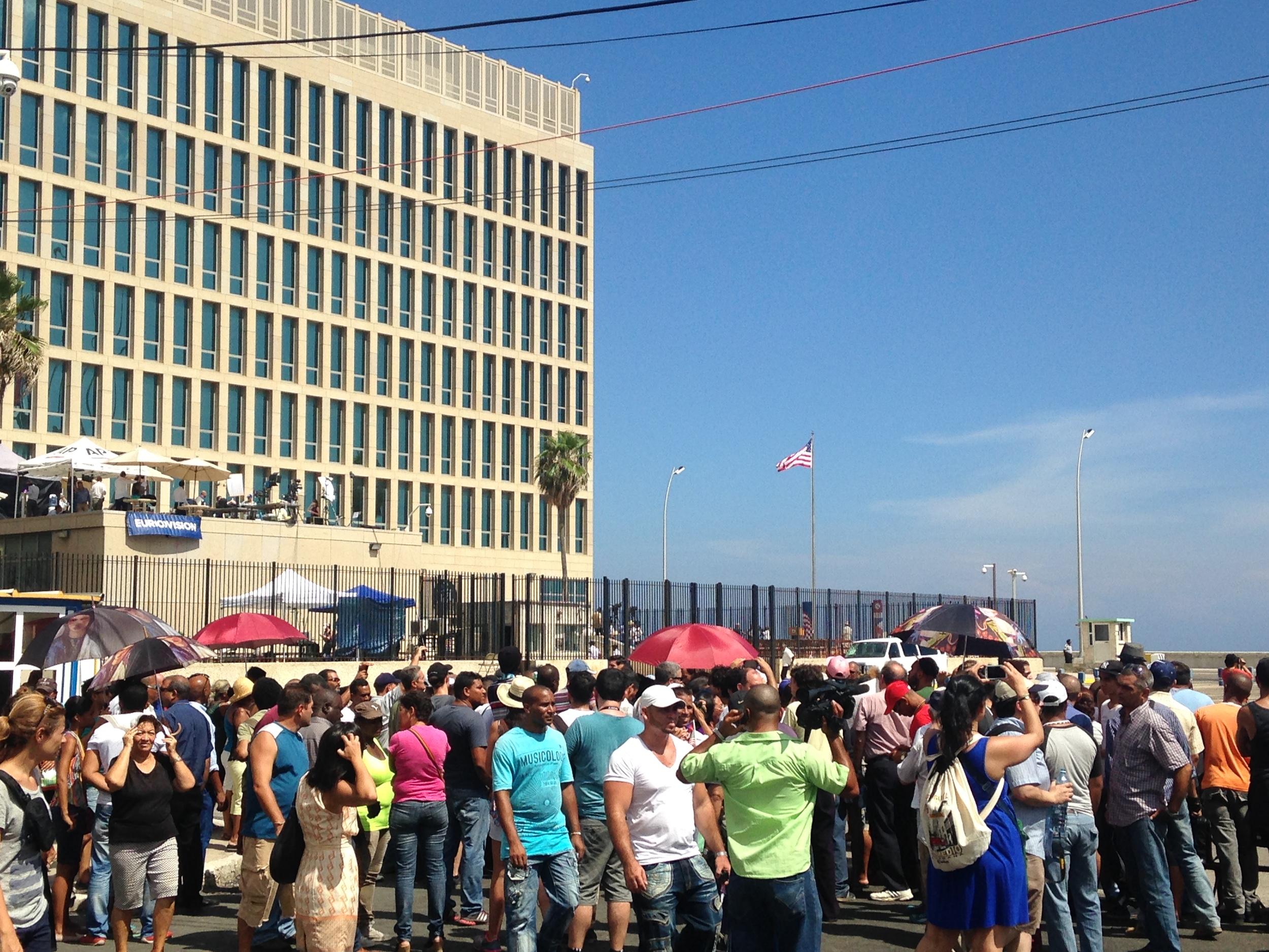 8.14.15 Crowd Outside U.S. Embassy in Havana for Flag Raising Ceremony