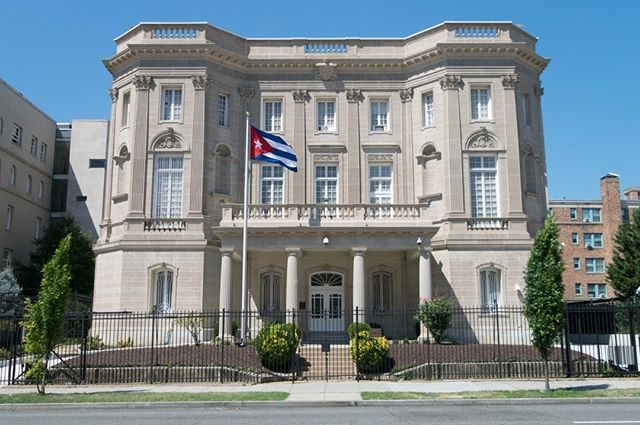 Today is the anniversary of the Cuban embassy opening in Washington D.C. in 2015. Let's continue to engage with Cuba to work toward a better future for both Americans and Cubans. 🇨🇺🇺🇸