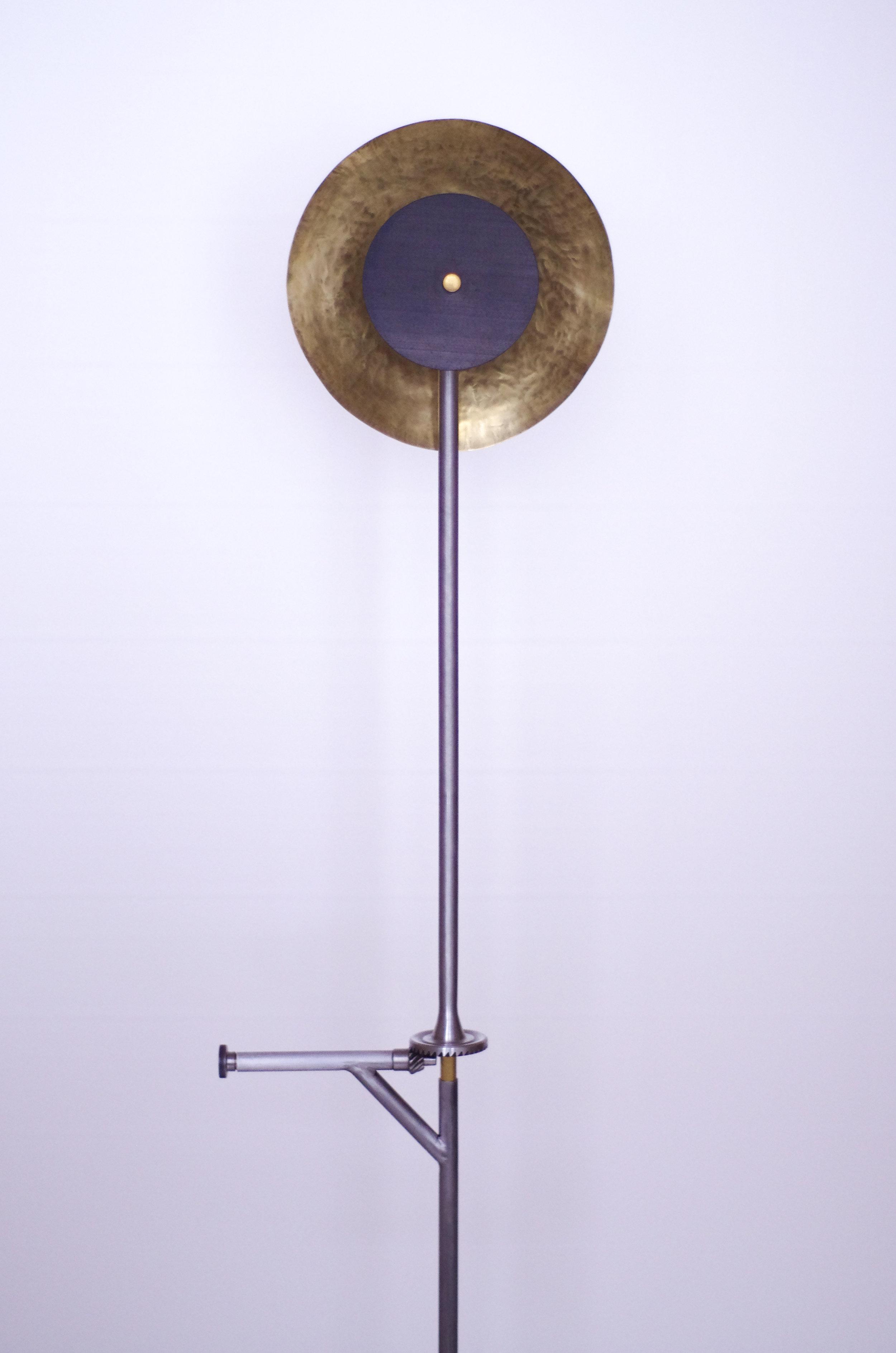 Revolution-Standing-Lamp-02.jpg
