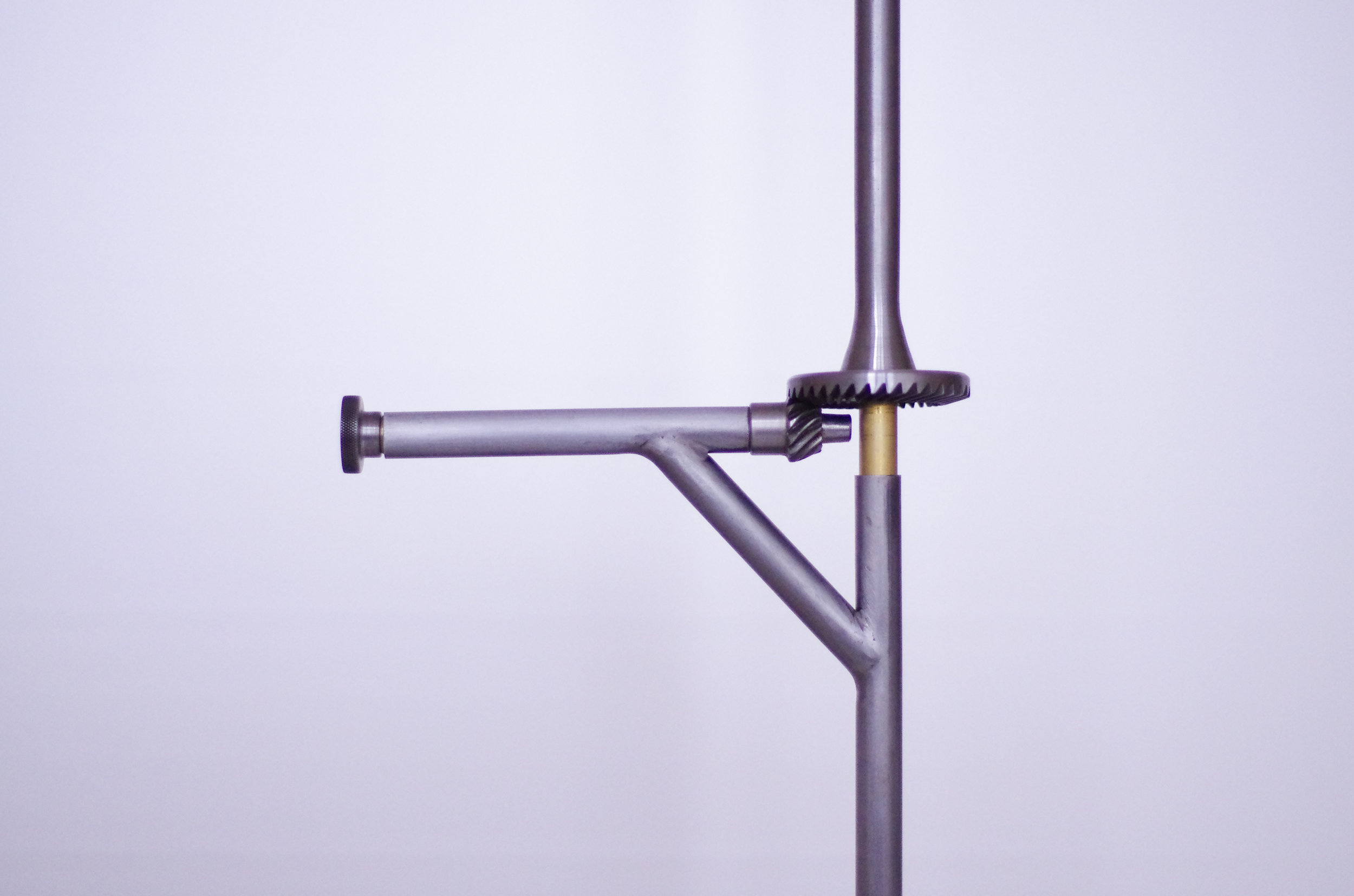 Revolution-Standing-Lamp-03.jpg