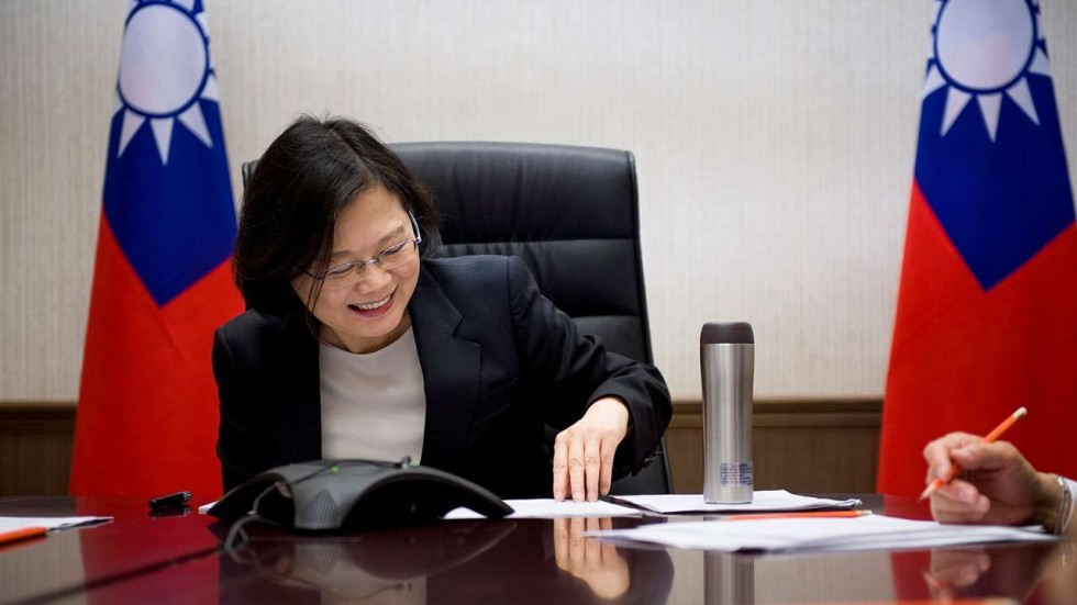 """President Tsai Ing-wen of Taiwan (ROC) speaking to President-Elect Donald Trump by telephone in early December. Taiwanese Americans have been both excited and apprehensive after the  event . They are  worried about China's aggression and  fear that Trump might treat the democratic island as a """"bargaining chip."""" (Photo: SCMP )"""