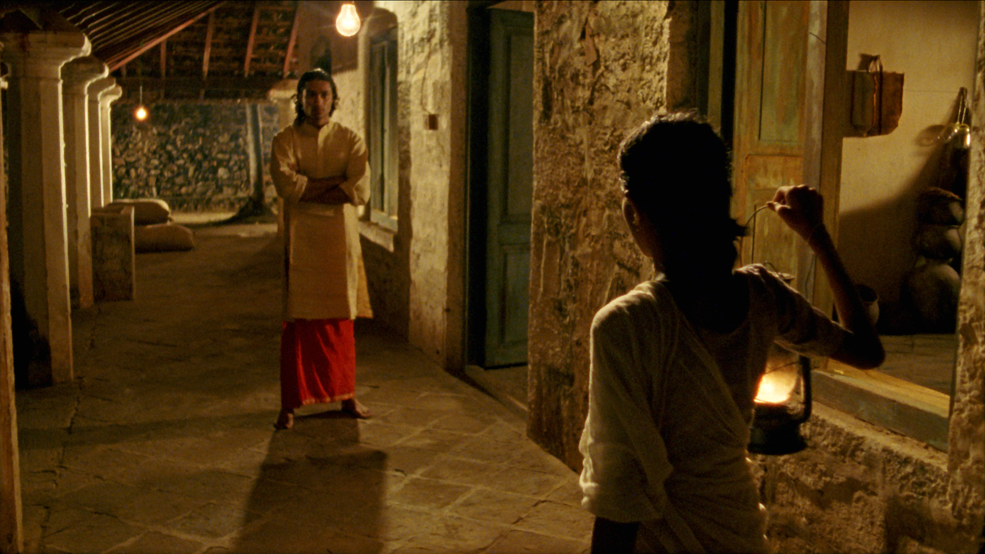 Vanaja confronted by Shekhar.jpg