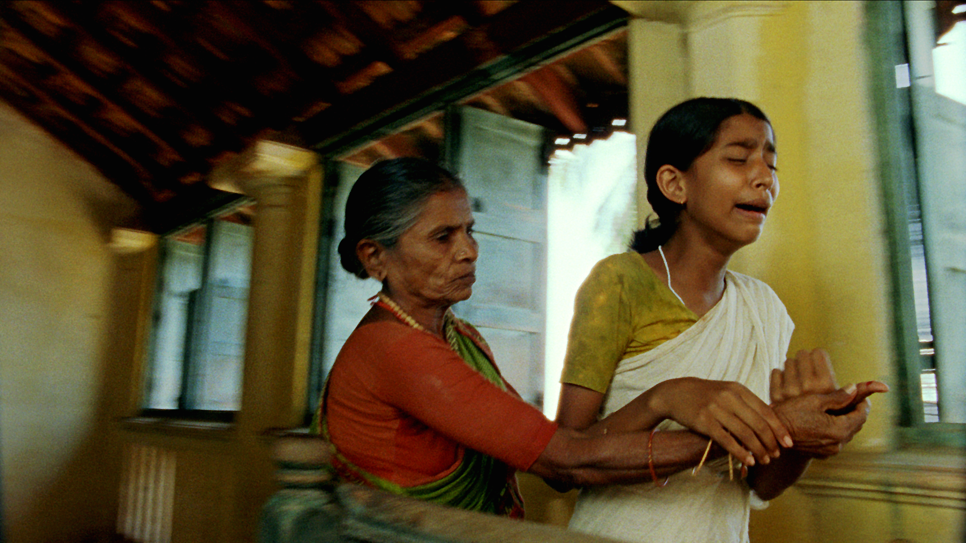 Vanaja crying after finger cut going to Rama Devi.jpg