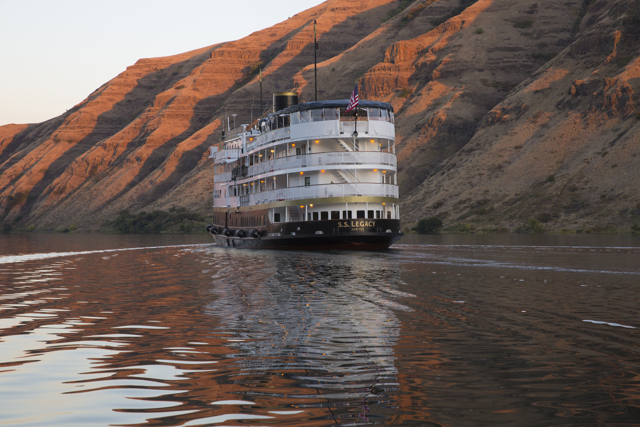 Columbia River Wine Cruise.jpg