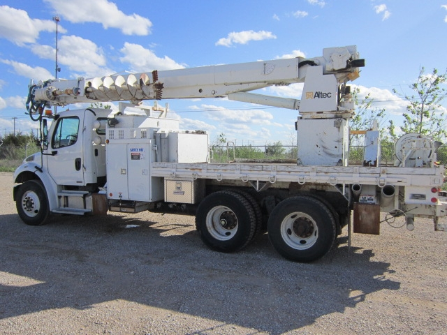 Lease a Digger Derrick Utility Truck