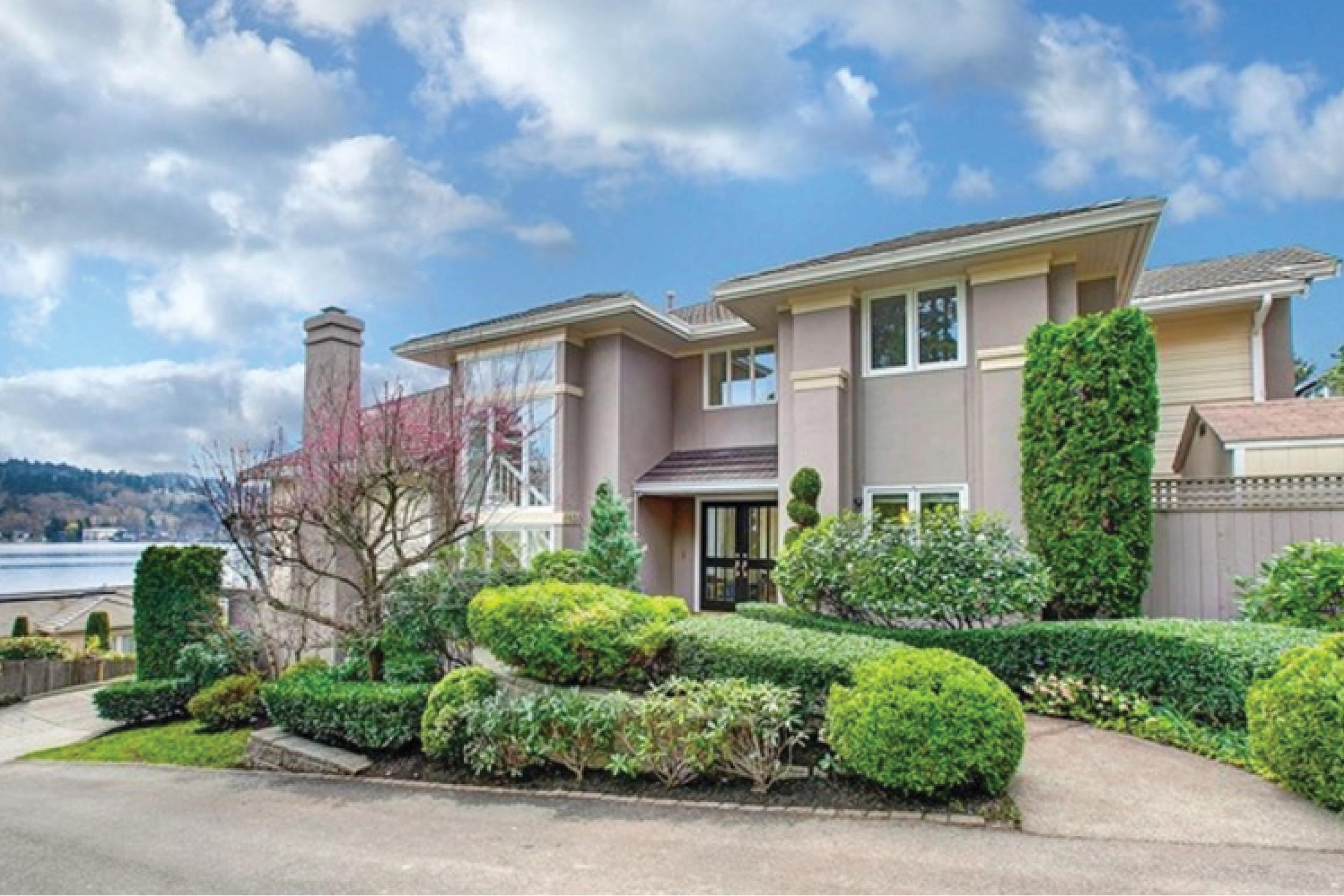 Mercer Island    Sold for $3,800,000 June 2017