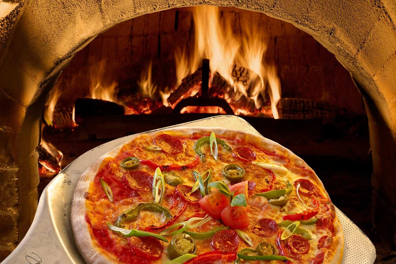 wood-fire pizza.jpg