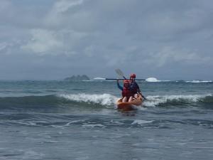 kayak-surf-300x225.jpg