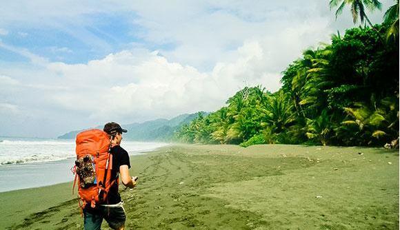 aventurasen costa rica hiking.jpg