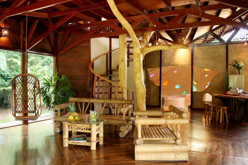 BeachSuite-Livingroom.jpg