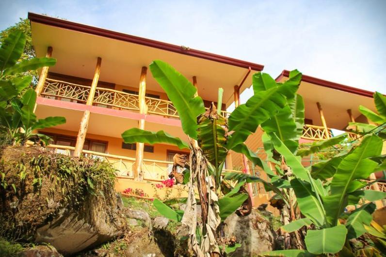 rio chirripo Lodge a.jpg