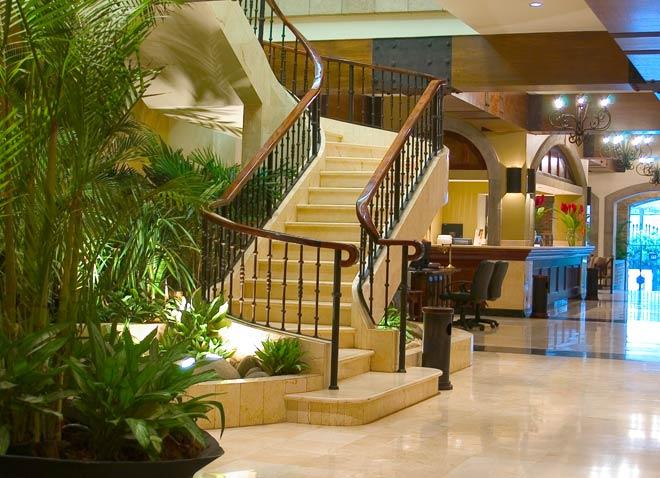 lobby2.jpg