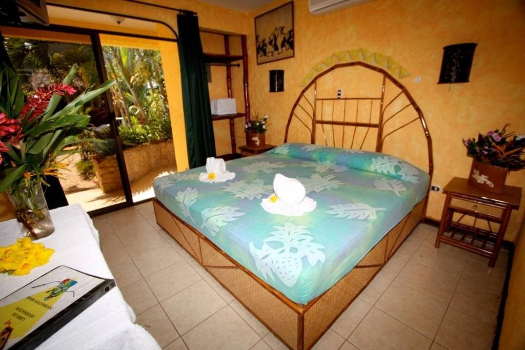 Hotel Giada room.jpg
