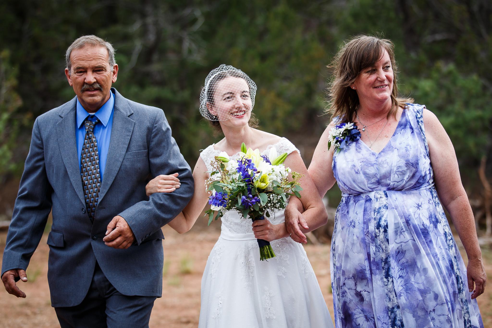 wedding-albuquerque-tijeras-ywca-pinon-canyon-center-0050.jpg