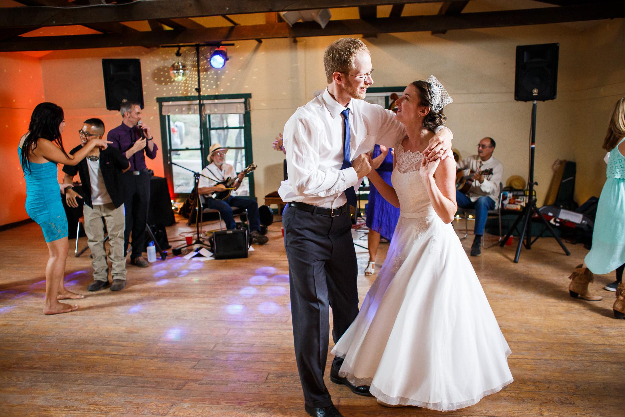 wedding-albuquerque-tijeras-ywca-pinon-canyon-center-0418.jpg