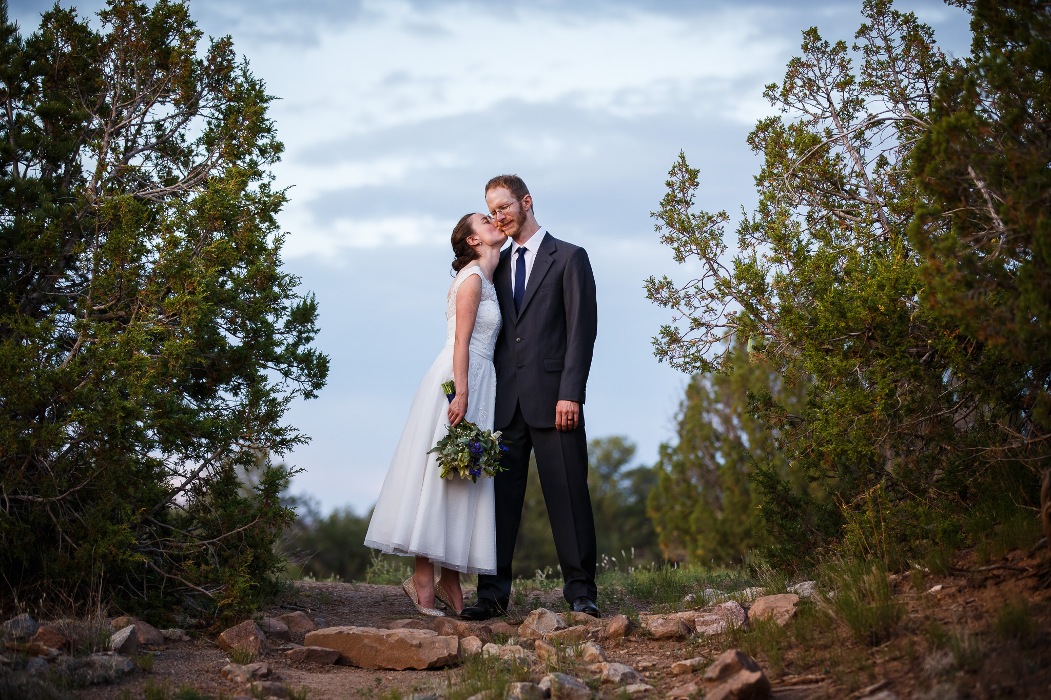 wedding-albuquerque-tijeras-ywca-pinon-canyon-center-0571.jpg