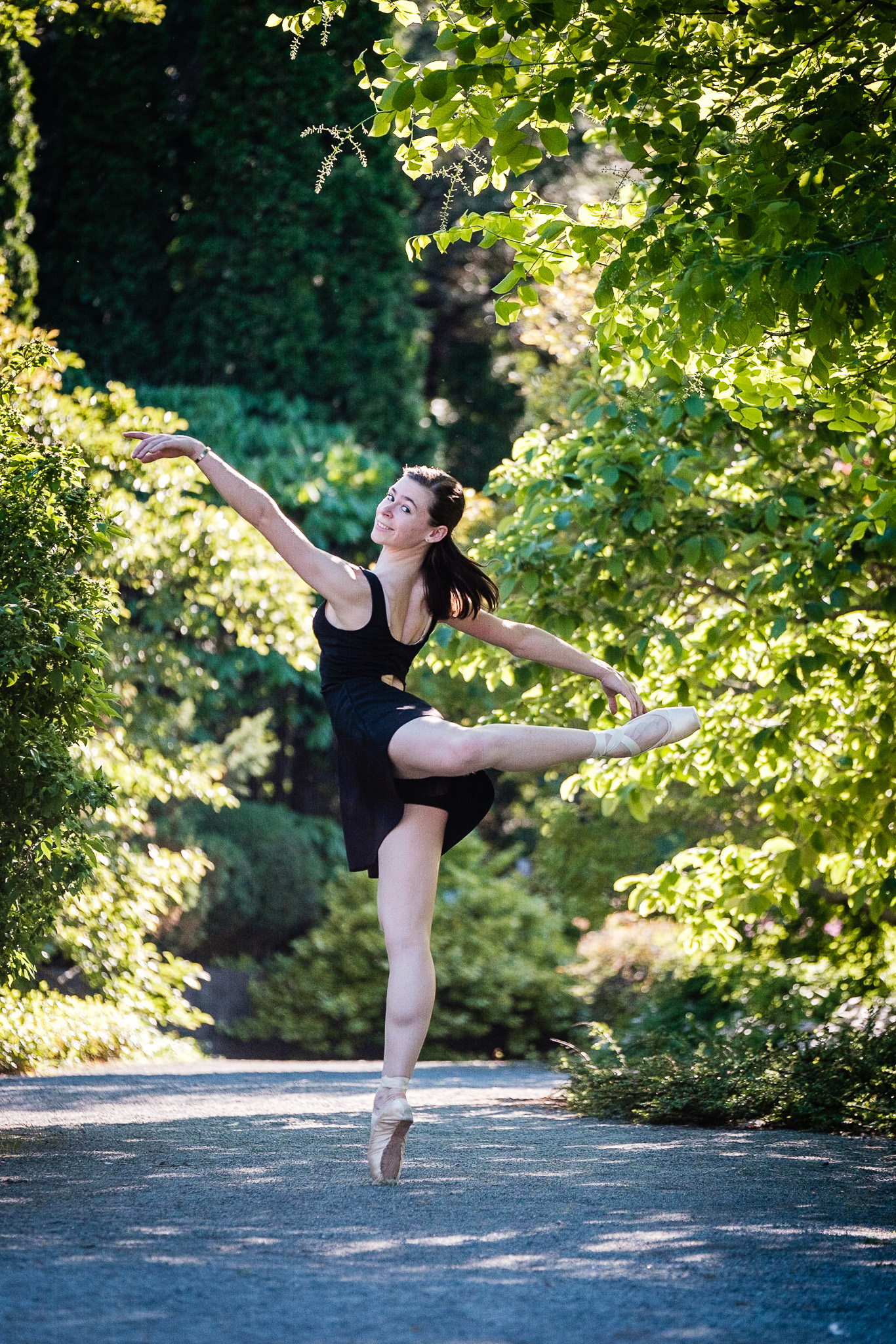 ballet dancer in montreal botanical garden