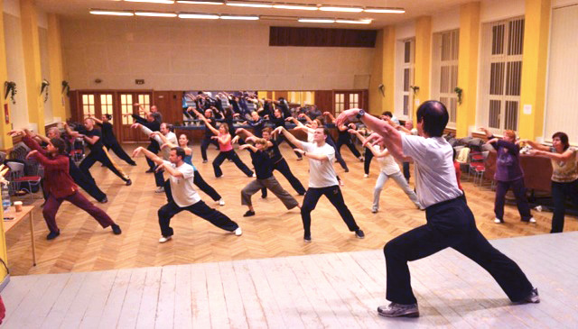 Master Li teaching