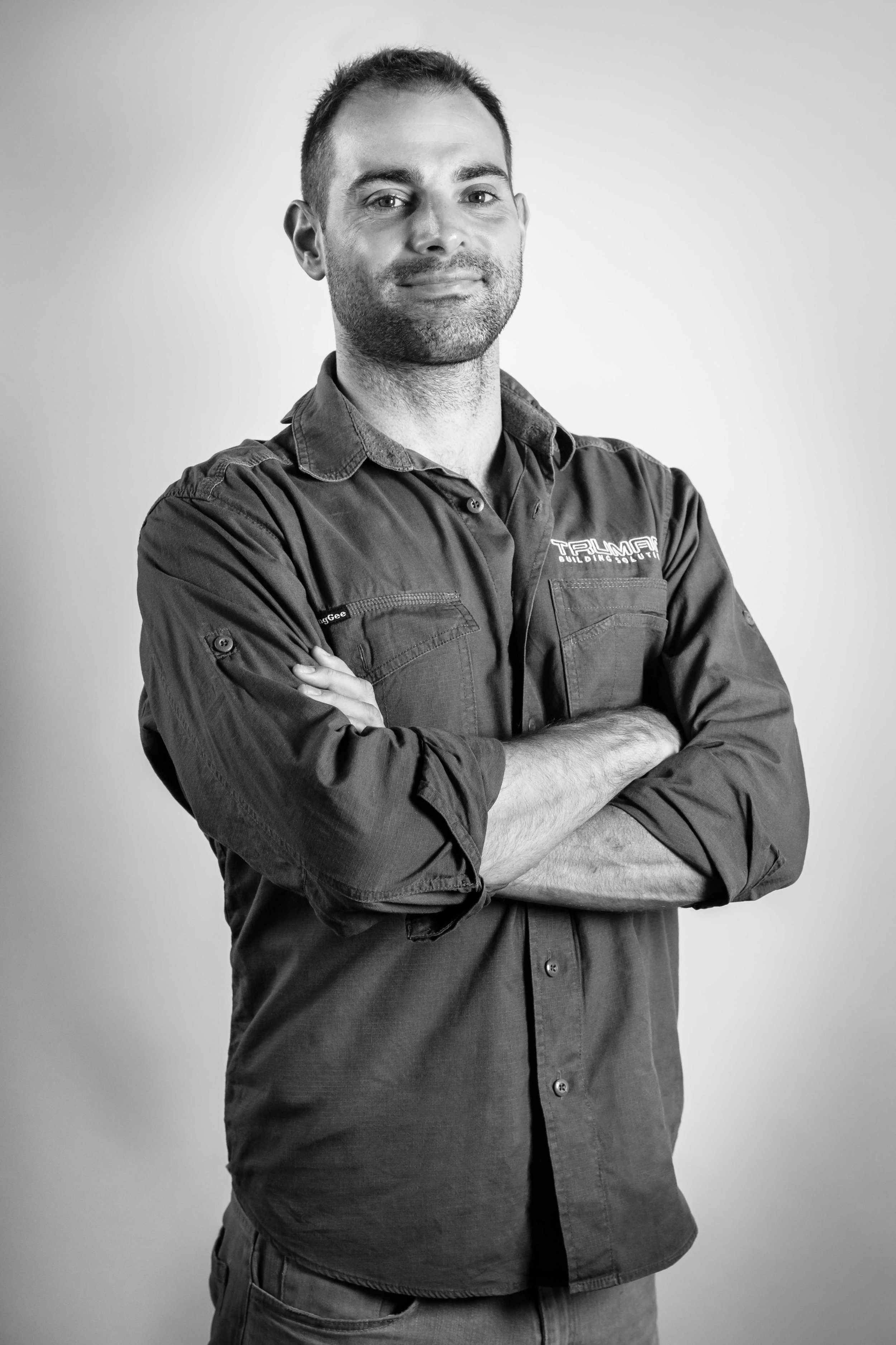 JAMES BOURNAZOS    Site Foreman/Carpenter   James is a highly experienced, motivated and passionate site manager whose led many of our award winning projects. As a qualified carpenter, he specialises in high-end residential builds with his superior craftsmanship.