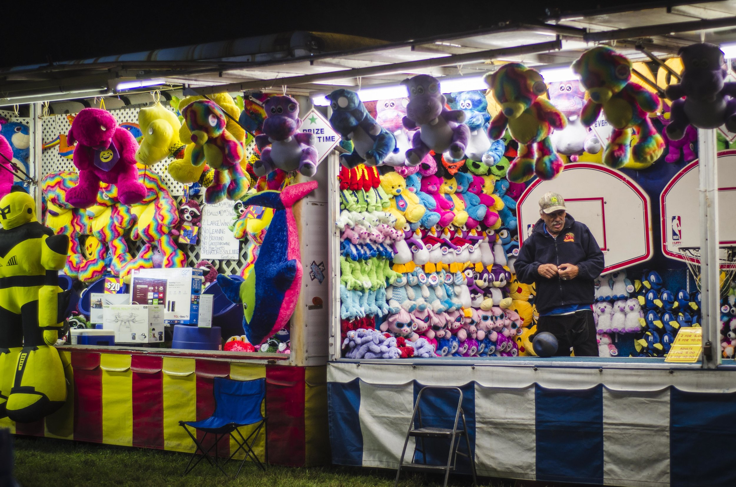 Lowell Carnival with Mormons at Night_77.jpg
