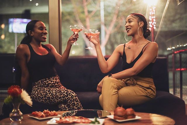 When your BFF is all about the VIP STATUS 🥂 Cheers! . . . . . #whatsyourstatus #statussparklingwines #vip #mylacor #saturdaynight #girlsdate #rose #downtownsac #photography #glamour #ladiesnight #bubbly #elevateyourstatus #smallbites #foodie #craft #visuals #concepts #vibes #springbreak #fashion #summertimefine #mood #bff #goals #whiredwine @whiredwine