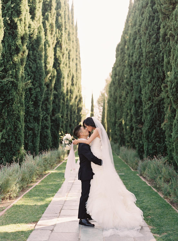 caroline-tran-greystone-mansion-wedding-11.jpg