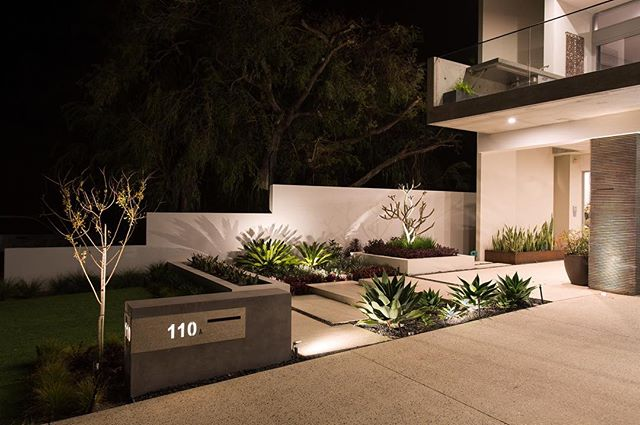 Another fantastic example of well designed landscape lighting using our high quality LED Fixtures. . #qualitymatters #perthlandscaping #geographebay #moderndesign #australianlandscaping #lightinginspo #limelighting #smartdesign #landscaping #lighting #lightingdesign #ledlighting #attentiontodetail