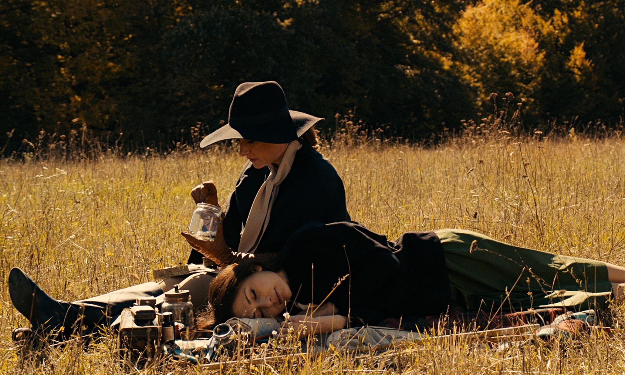 Sidse Babbett Knudsen and Chiara d'Anna ponder love and butterflies in  The Duke of Burgundy.