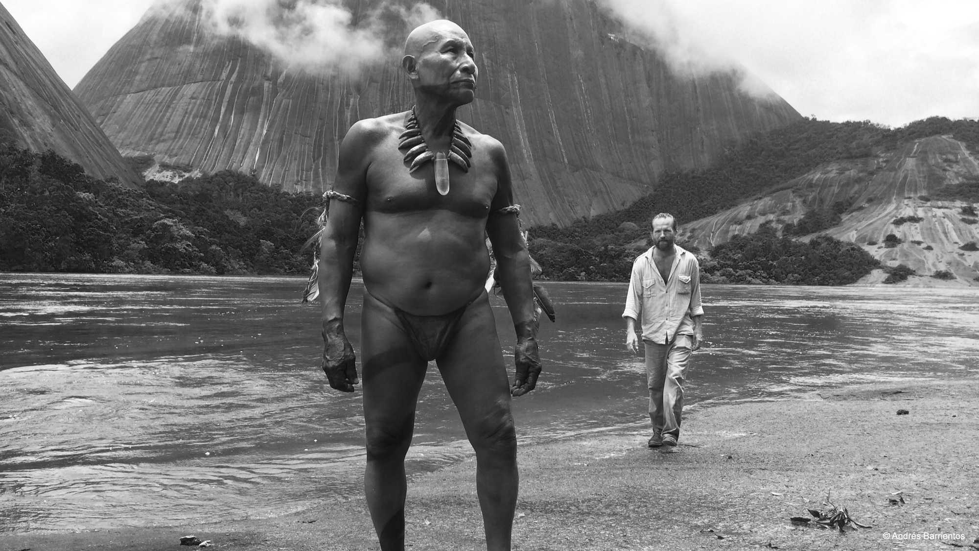 Antonio Bolívar as the aged shaman Karamakate and Brionne Davis as Richard Evans Schultes in  Embrace of the Serpent.