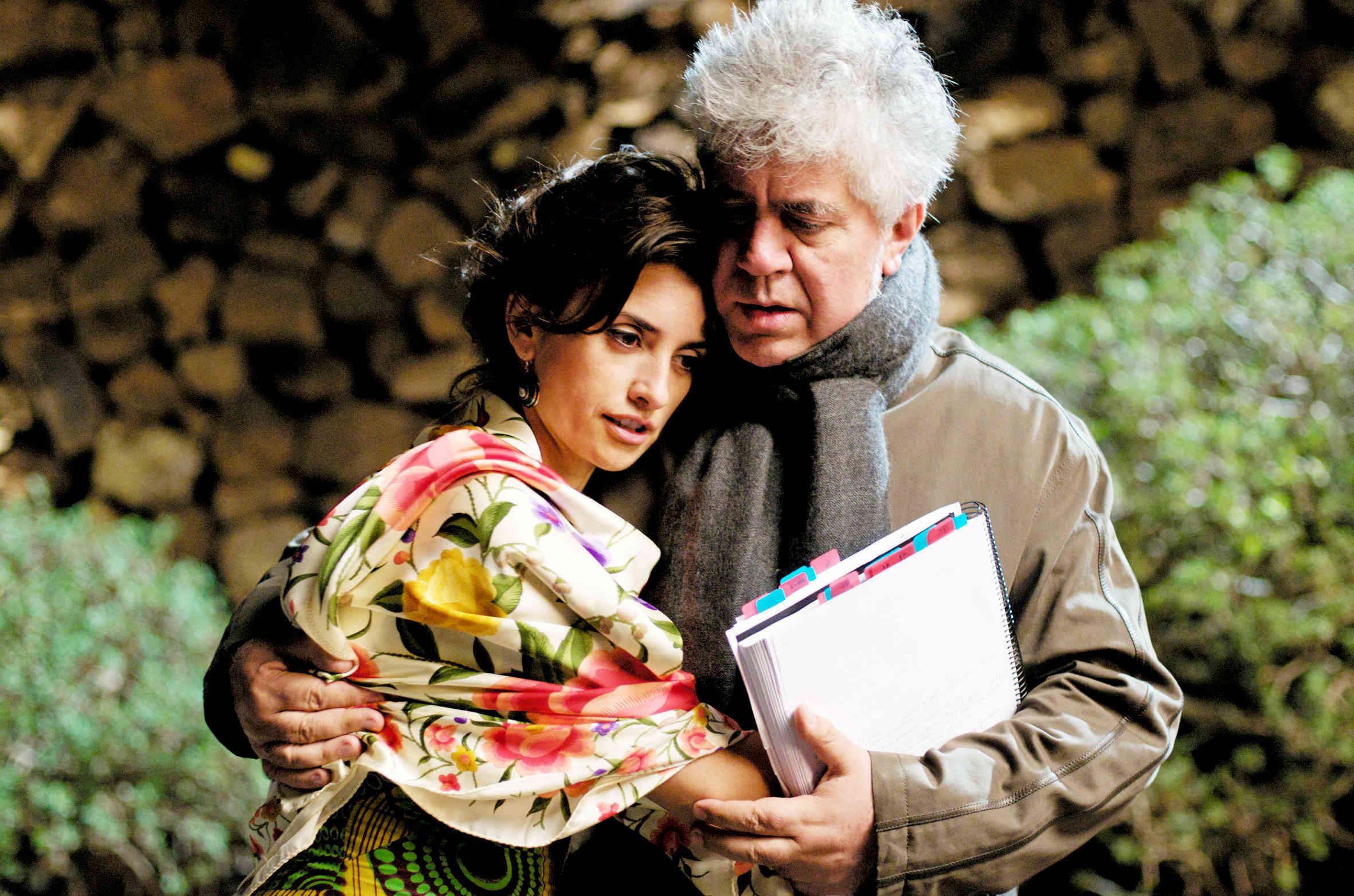 Penélope Cruz and Pedro Almodóvar during the making of  Broken Embraces  ( Abrazos Rotos , 2009).