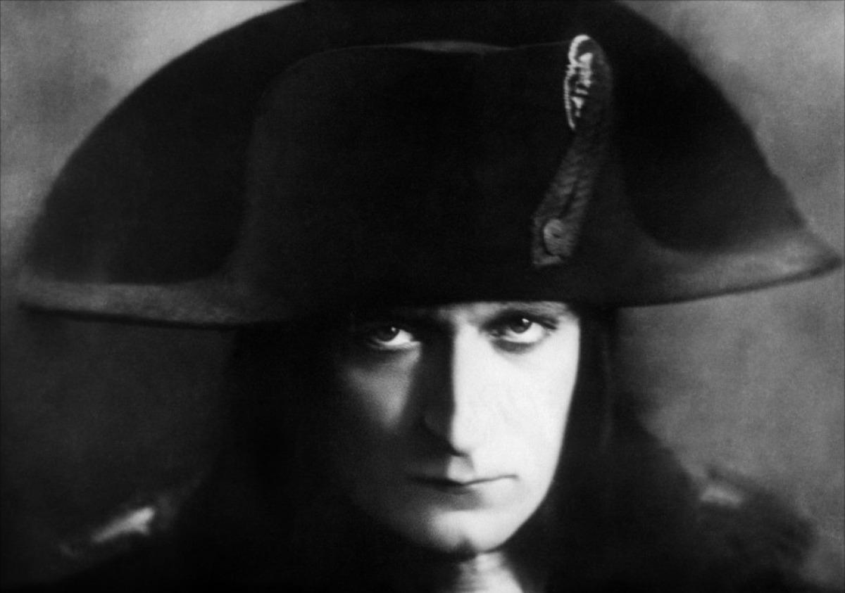 Albert Dieudonné as the adult Napoléon.