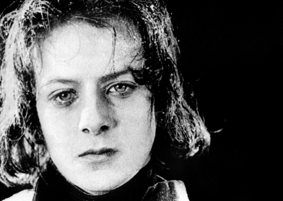 Vladimir Roudenko as the adolescent Napoléon.