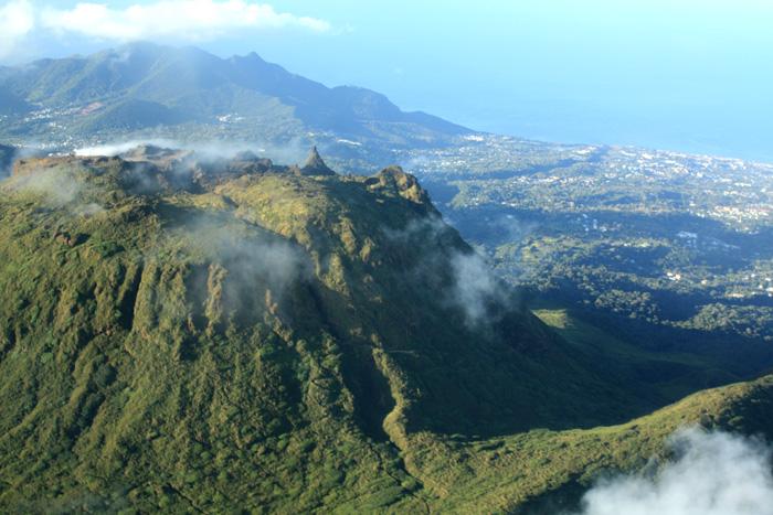 Guadeloupe_vue-aerienne2.jpg