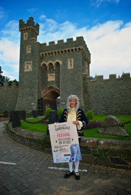 Sir Hans Sloane in front of Killyleagh Castle