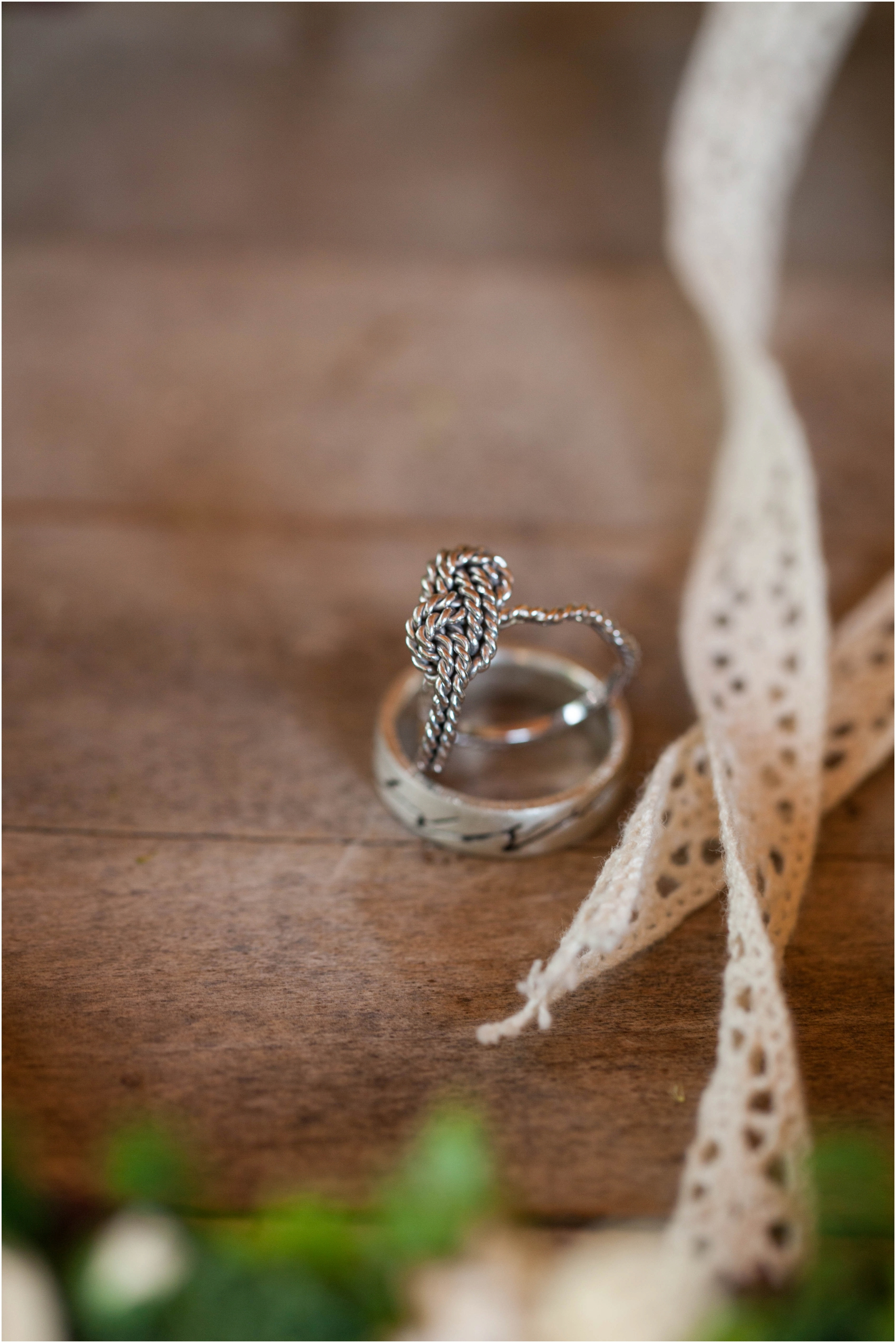 Southern-Illinois-Bohemian-Holy-Boulders-Autumn-Wedding_0883.jpg