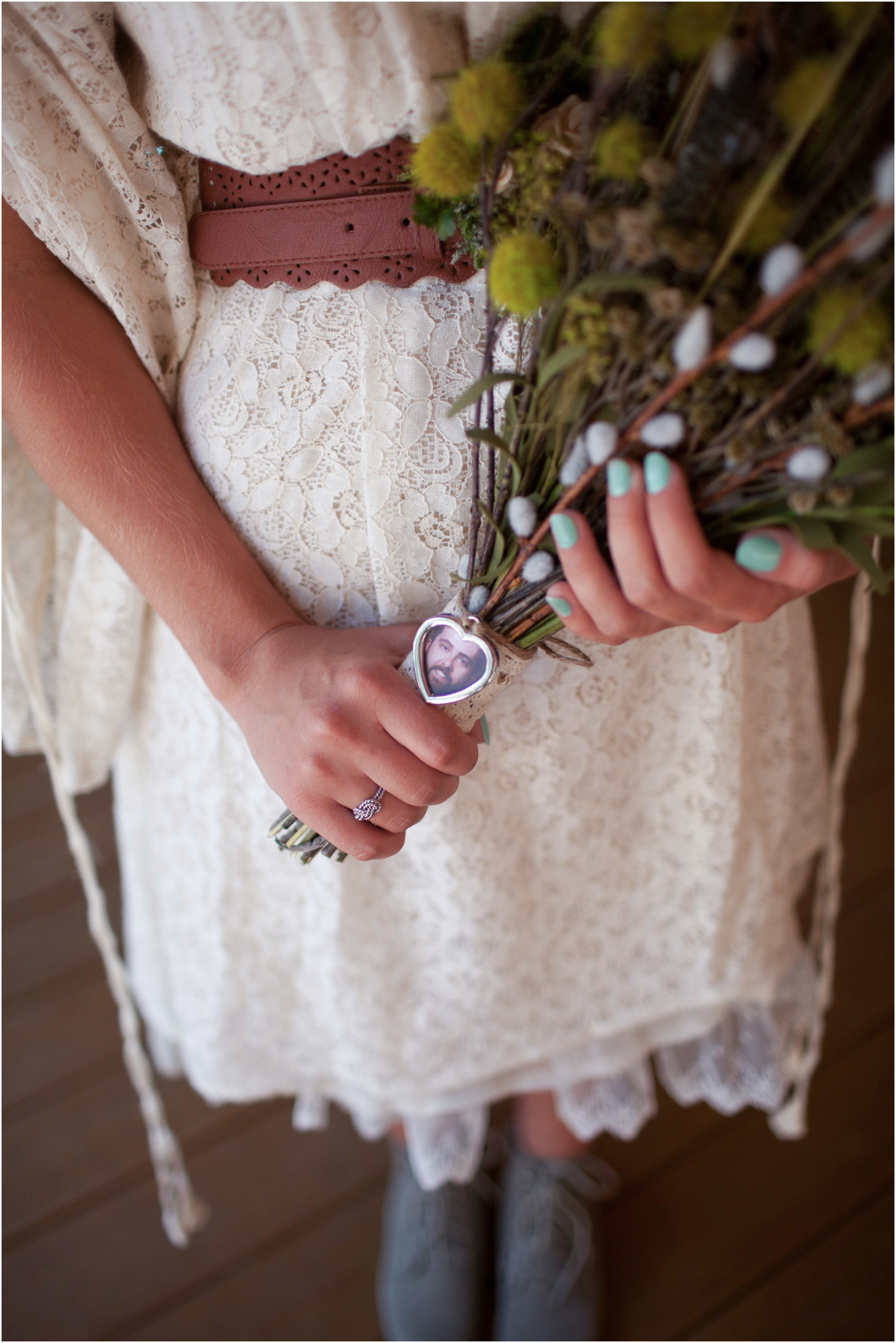 Southern-Illinois-Bohemian-Holy-Boulders-Autumn-Wedding_0906.jpg