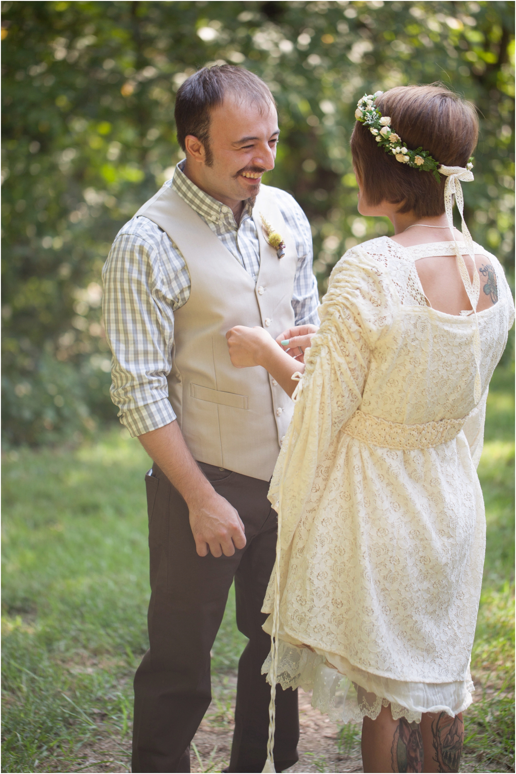 Southern-Illinois-Bohemian-Holy-Boulders-Autumn-Wedding_0910.jpg