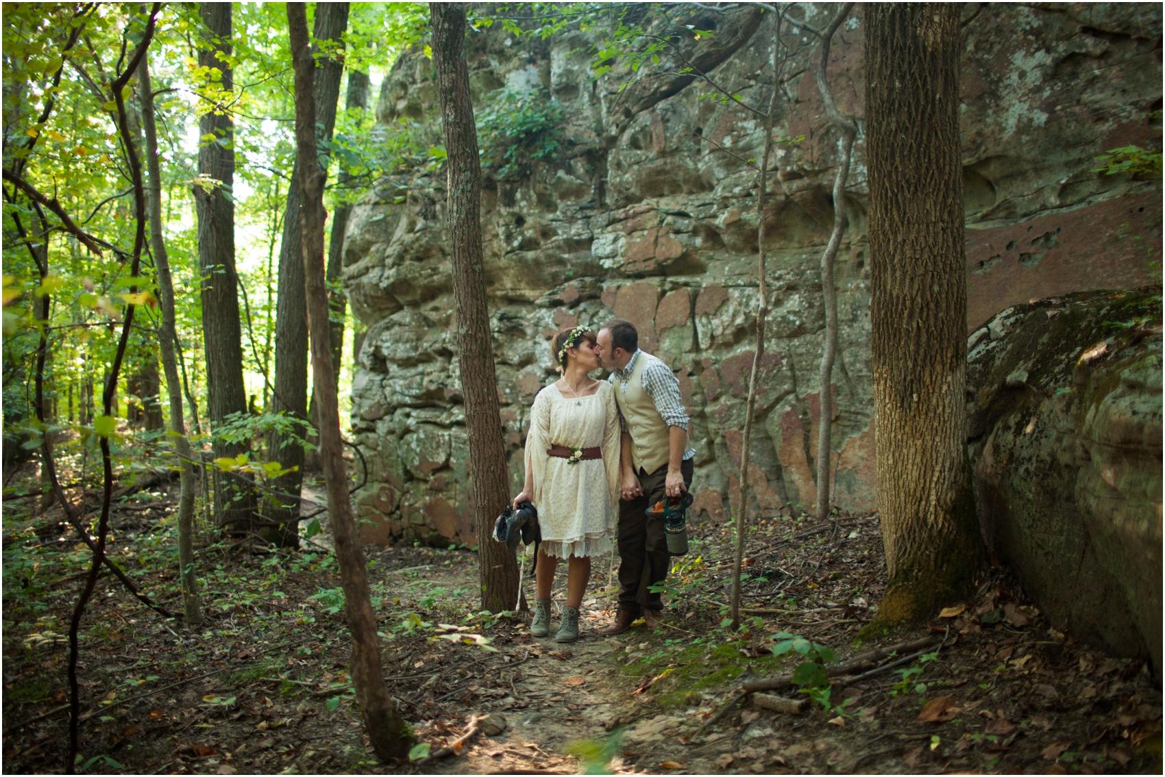 Southern-Illinois-Bohemian-Holy-Boulders-Autumn-Wedding_0987.jpg